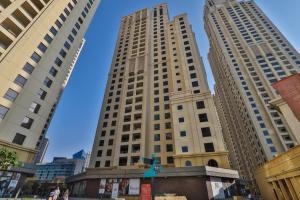 OYO 322 Home Unit no - 501 , Bahar 4 , Jumeriah Beach Residences - Dubai
