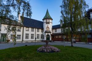 Bårdshaug Herregård - Hotel - Orkanger