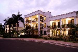 Elysium Apartments