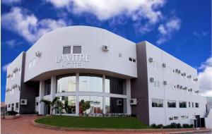 La Vitre Hotel, Жатаи