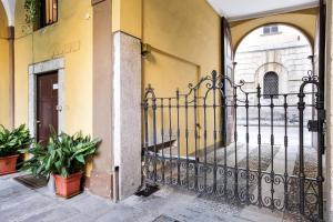 Cadorna Cattolica Uni Apartment - AbcAlberghi.com