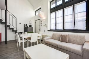 Fondazione Prada Loft 40 - AbcAlberghi.com