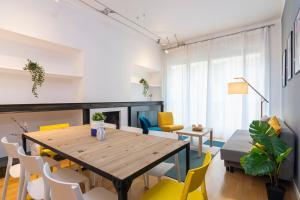 4 Bedrooms design apartment - AbcAlberghi.com