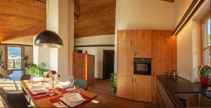 Haus Hetzenauer - Apartment - Kössen