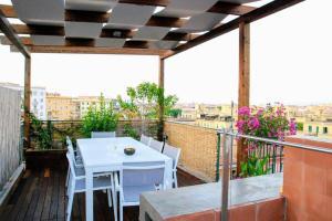 A terrific Terrace Penthouse with Hot Tub - abcRoma.com