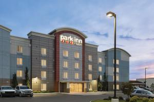 Park Inn by Radisson, Calgary Airport North, AB - Hotel - Calgary