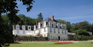 Relais du Silence Chateau De Beaulieu et Magnolia Spa