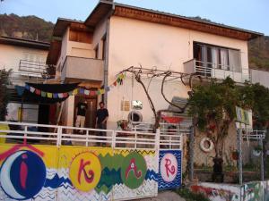 Ikar Hut Hostel