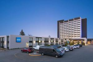 Travelodge by Wyndham Quebec City Hotel & Convention Centre - Quebec City