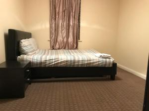 Beautiful room in a private gated Flat