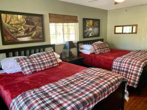 Canyon Creek Inn - Hotel - Wrightwood