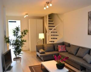 obrázek - Fabulous 4 Bedroom Duplex by the City Centre Leidseplein! - Ref. AMSA404