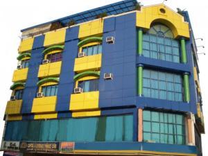 Auberges de jeunesse - C & L Suites Inn