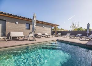 Vesna Rossa – Villas plage a pieds avec piscines individuelles
