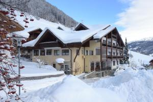 Hotel Alpenfrieden - Rio Bianco