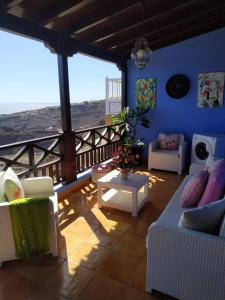 Tecina Study With Amazing Views, Playa Santiago