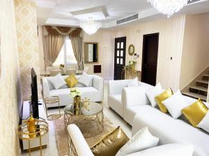 Stunning gorgeous 3 Bedroom villa in Dubai South - Dubai