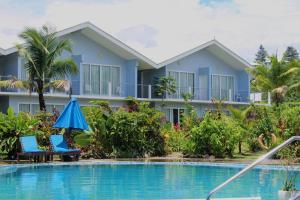. Blue West Villas