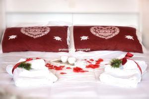 Romantic Apartment in Campiglio - AbcAlberghi.com