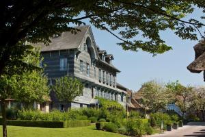 Location gîte, chambres d'hotes La Ferme Saint Simeon Spa - Relais & Chateaux dans le département Calvados 14