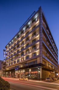 Radisson Blu Park Hotel, Athens (2 of 130)