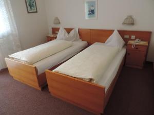 Hotel Christin, Отели  Ора - big - 4