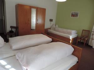 Hotel Christin, Отели  Ора - big - 26