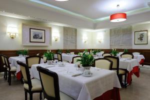 Hotel Giulio Cesare, Отели  Рим - big - 46