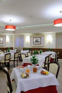 Hotel Giulio Cesare, Отели  Рим - big - 43