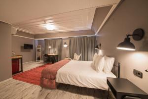 GARP HOTEL