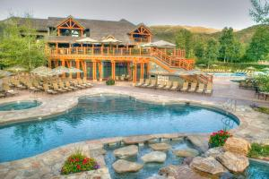 Villas at Snowmass Club, A Destination Residence - Accommodation - Snowmass Village