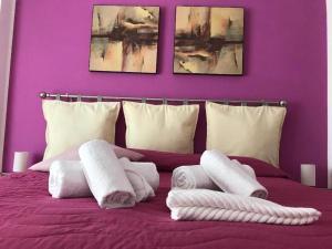 Cornelius Roma Room - abcRoma.com