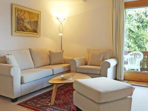 Chesa La Baita 2 - Apartment - St. Moritz