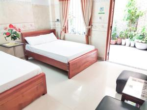 Spring Motel Danang