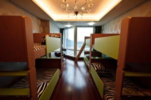 Dynamic Guesthouse