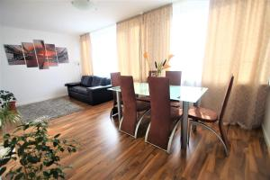 2 Room Apartment up 6 month on request only, City of Nuernberg