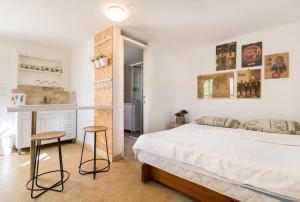 Designed Studio Apartment