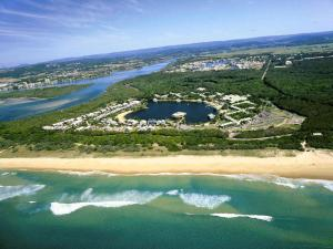 Novotel Sunshine Coast Resort