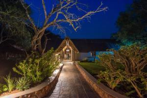 Thornybush Jackalberry Lodge