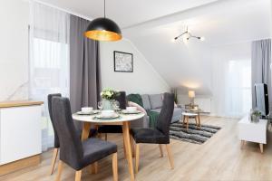 Apartments Gdańsk Kochanowskiego by Renters