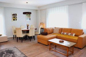 Foxxy Luxury Apartments - Hotel - Skopje