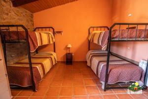 Albergue El Solitario, Vidiecke domy  Baños de Montemayor - big - 8