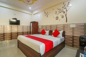 OYO 64662 Hotel Baba Residency