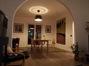 Aosta Stunning Panoramic Views From Modern Two Bedroom Apartment - Hotel - Aosta