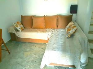 House with 2 bedrooms in Porto Heli with wonderful sea view enclosed garden and WiFi 100 m from the beach