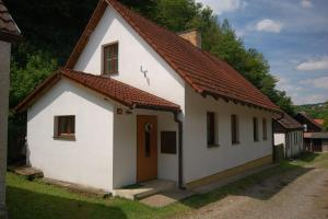 Holiday home in Branov 1198, Nyaralók - Branov