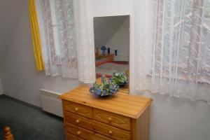 Holiday home in Branov 1198, Nyaralók  Branov - big - 11