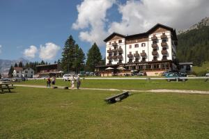 Hotel Lavaredo - Misurina