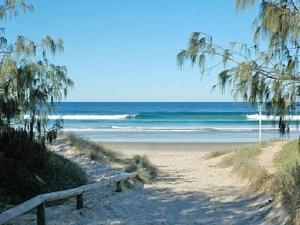 Malibu Apartment - Peregian Beach