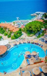 Bougainville Bay Hotel